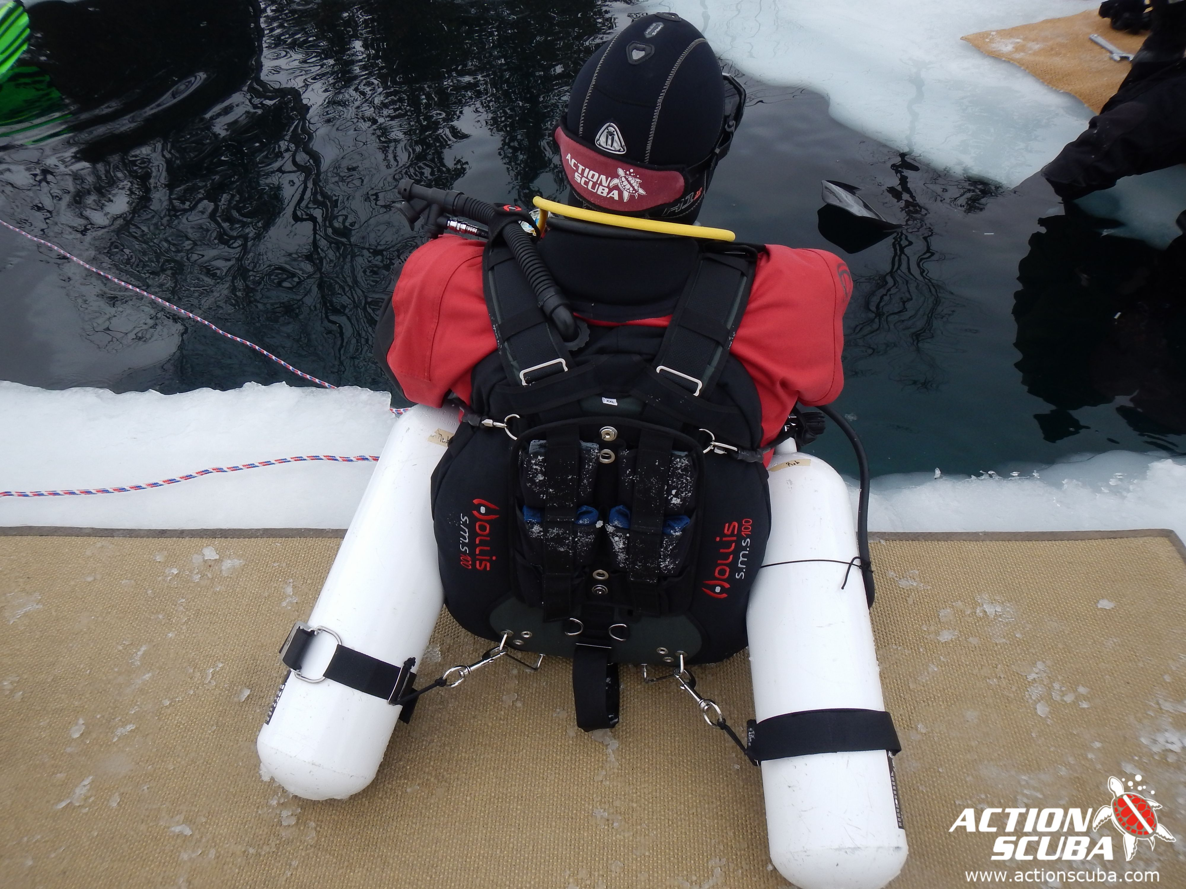 Sidemount scuba diving with Action Scuba Montreal